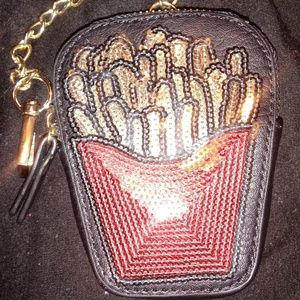 French fry clip on money holder